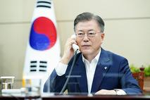 """문 대통령 """"글로벌 현안 해결 위한 G7 논의에 적극 참여"""""""